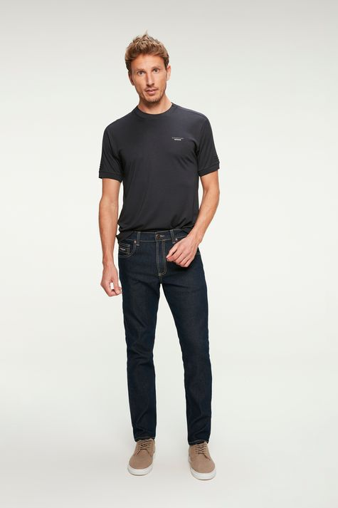 Camiseta-Lisa-College-Basica-Masculina-Detalhe-1--