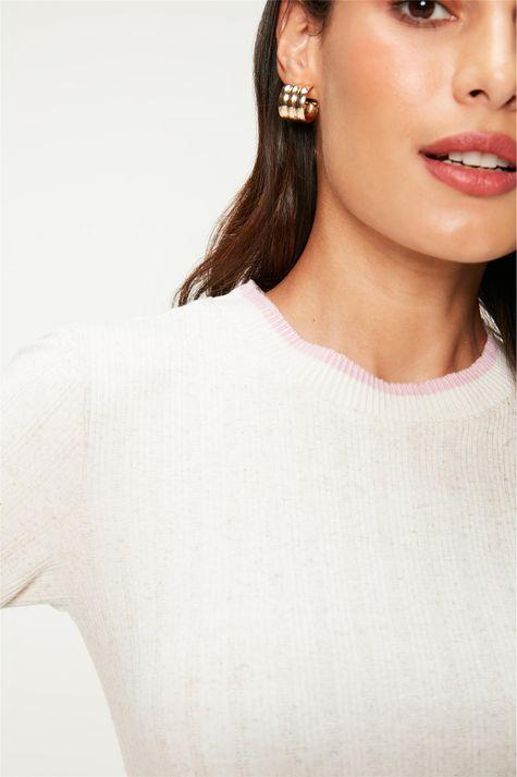 Camiseta-de-Malha-Canelada-Feminina-Detalhe--