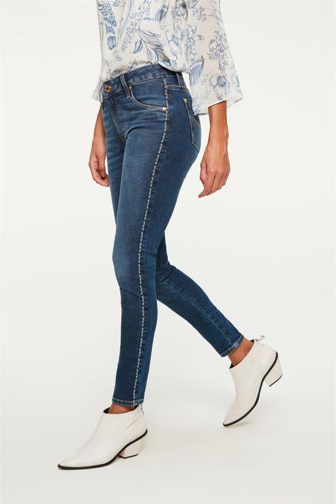 Calca-Jeans-Jegging-com-Vies-na-Lateral-Detalhe-1--