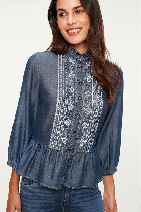 Camisa-Jeans-com-Estampa-Floral-e-Babado-Frente--
