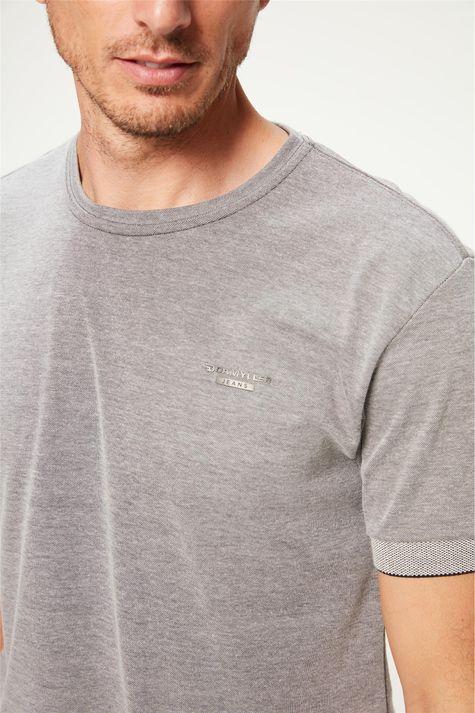 Camiseta-College-Masculina-Detalhe--