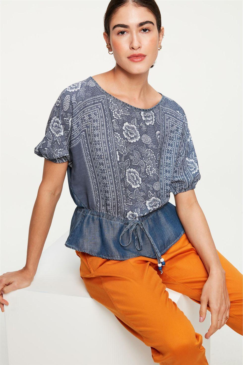Blusa-Jeans-Franzida-com-Estampa-Floral-Frente--