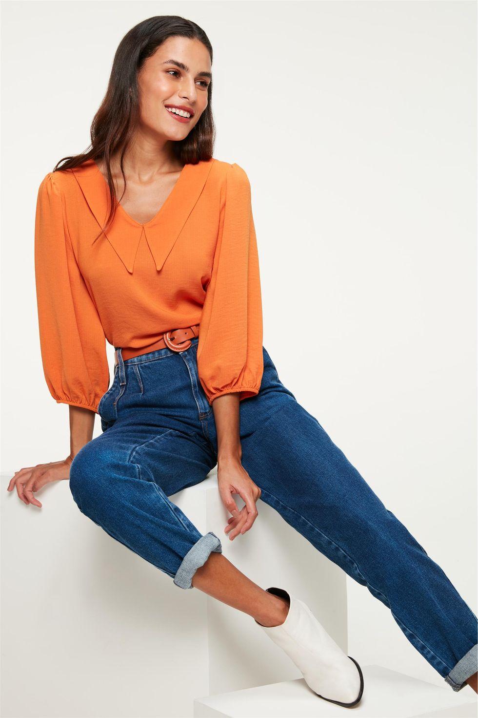 Calça Jeans Slouchy com Cinto Color Tam: 34 / Cor: ESCURA