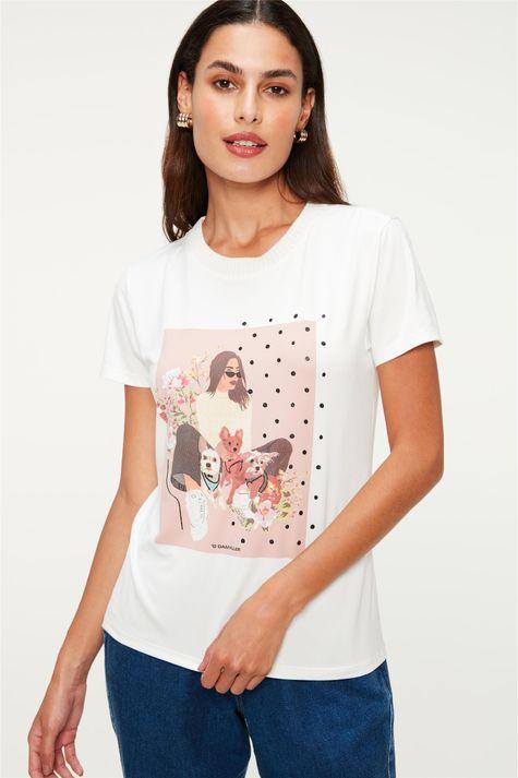 Camiseta-Estampa-de-Mulher-Poa-e-Flores-Frente--