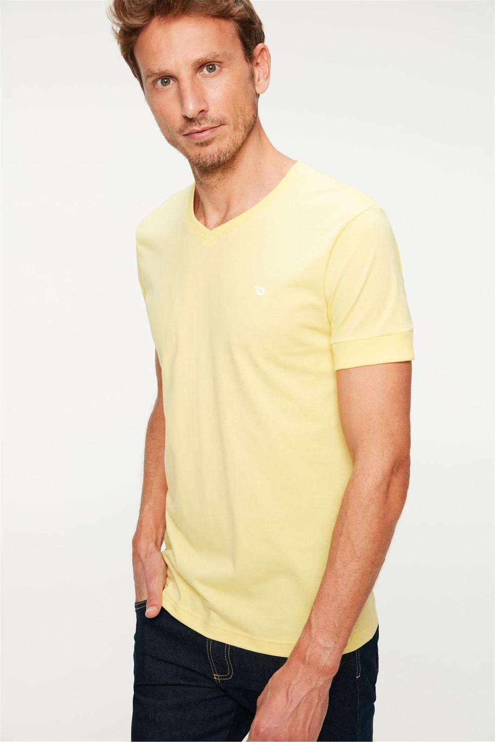 Camiseta College Gola V Masculina Tam: G / Cor: AMARELO CLARO