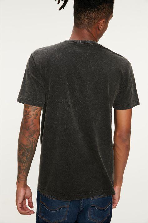Camiseta-com-Estampa-de-Motocicleta-Costas--