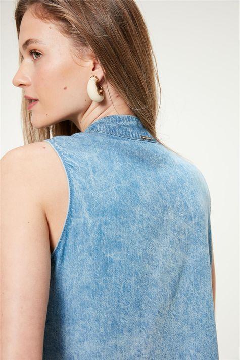 Blusa-Jeans-sem-Mangas-Marmorizada-Detalhe-1--