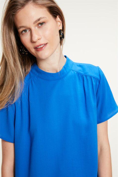 Blusa-com-Franzidos-na-Frente-Azul-Detalhe-1--
