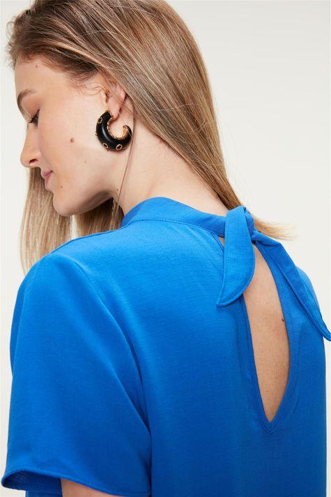 Blusa-com-Franzidos-na-Frente-Azul-Detalhe-2--