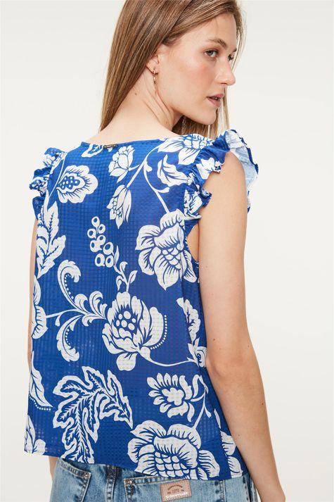 Blusa-Solta-com-Estampa-Floral-Azul-Costas--
