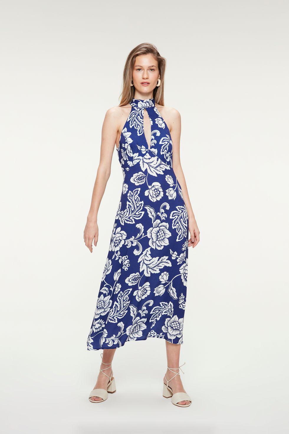 Vestido-Midi-com-Estampa-Floral-Azul-Frente--