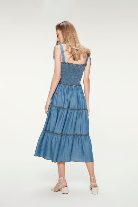 Vestido-Jeans-Claro-Midi-com-Recortes-Costas--