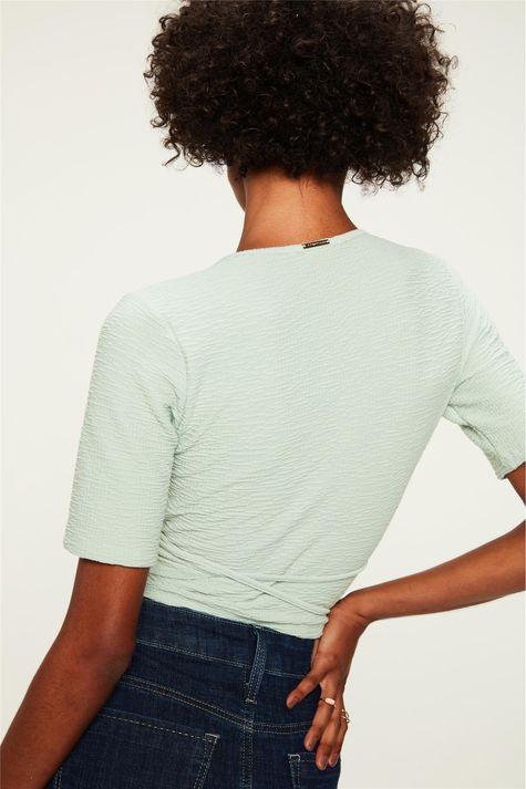 Blusa-com-Transpasse-Cropped-Textura-Costas--