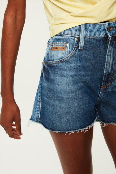Short-Jeans-Cintura-Alta-com-Marcacoes-Detalhe-3--