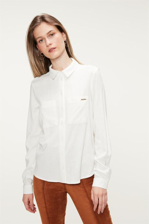 Camisa-Lisa-com-Bolsos-Feminina-Detalhe-4-Masculina--