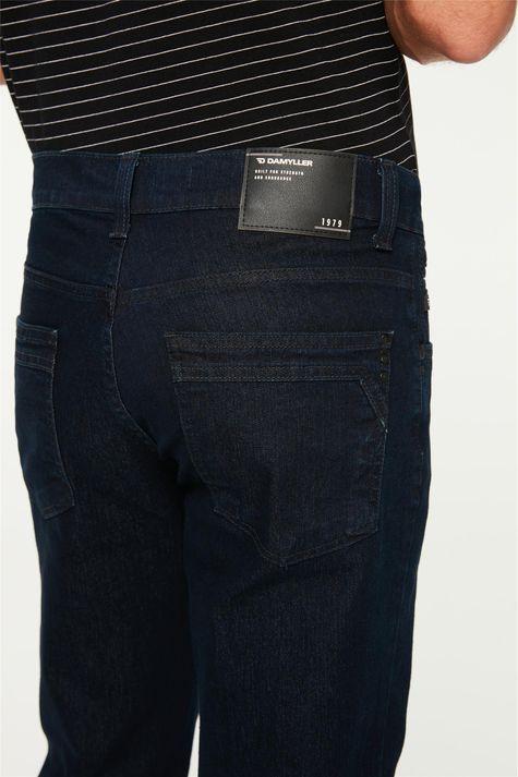 Calca-Jeans-Reta-Masculina-Detalhe-1--