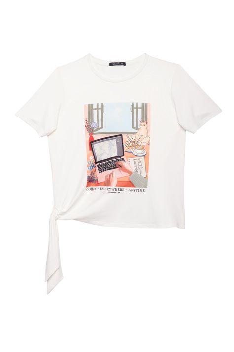 Camiseta-de-Malha-Macia-Estampa-Feminina-Detalhe-Still--