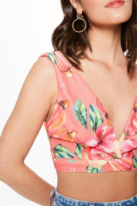 Blusa-Cropped-de-Amarrar-Flores-e-Caju-Detalhe-1--