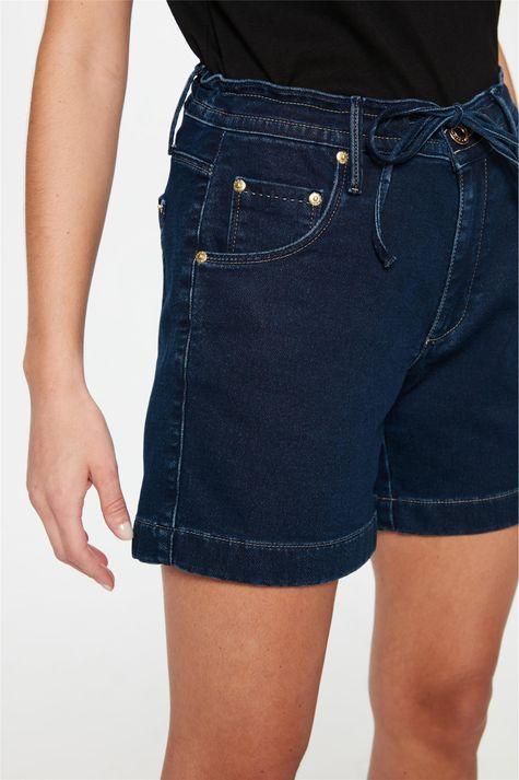 Bermuda-Jeans-Escuro-Jogger-C15-Feminina-Detalhe--