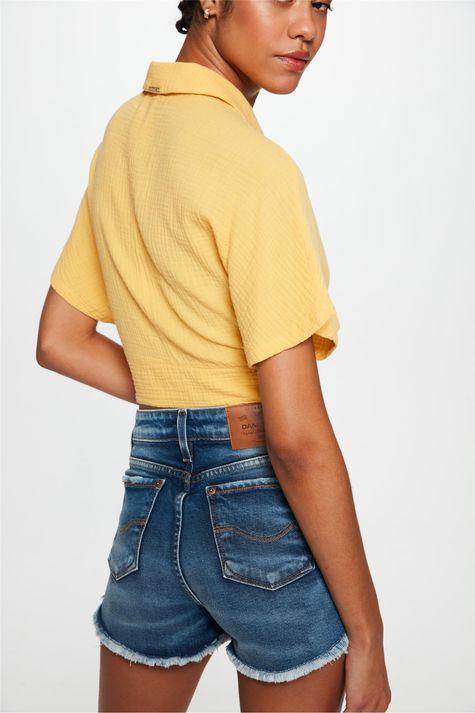 Short-Jeans-Medio-Curto-Justo-Desfiado-Costas--