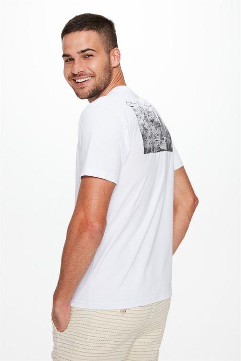Camiseta-Estampa-na-Frente-e-Costas-Detalhe--