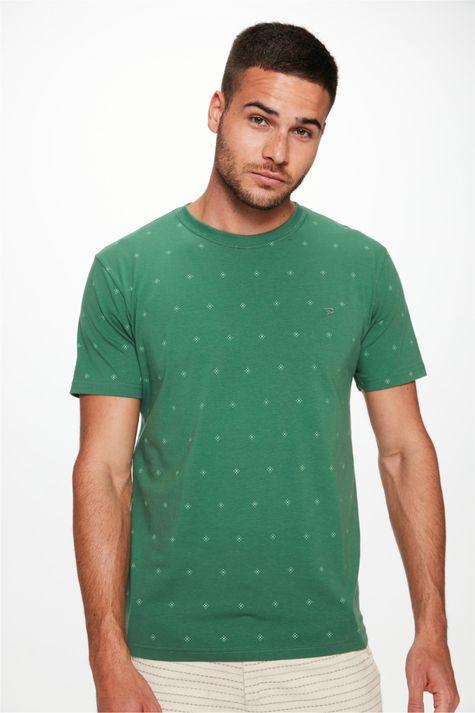 Camiseta-com-Silk-de-Repeticao-Masculina-Detalhe--
