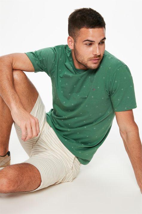 Camiseta-com-Silk-de-Repeticao-Masculina-Frente--
