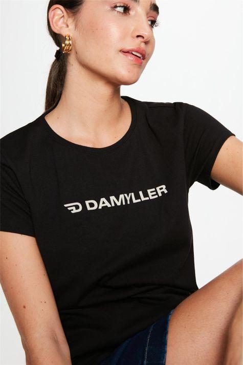 Camiseta-com-Estampa-Damyller-Feminina-Detalhe--