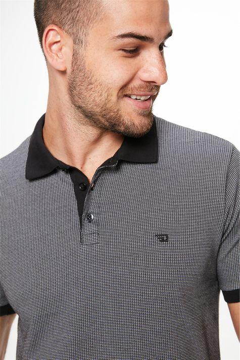 Camisa-Gola-Polo-Preto-e-Off-White-Detalhe--