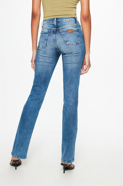 Calca-Jeans-Medio-Reta-Cintura-Alta-C2-Detalhe--