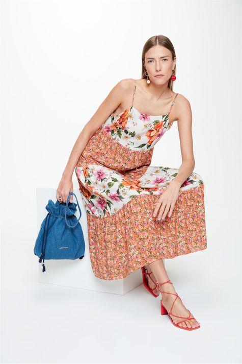 Vestido-Midi-Recortes-Mix-Florais-Frente--