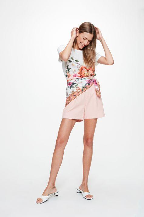 Blusa-em-Tecido-Plano-com-Estampa-Floral-Detalhe-1--