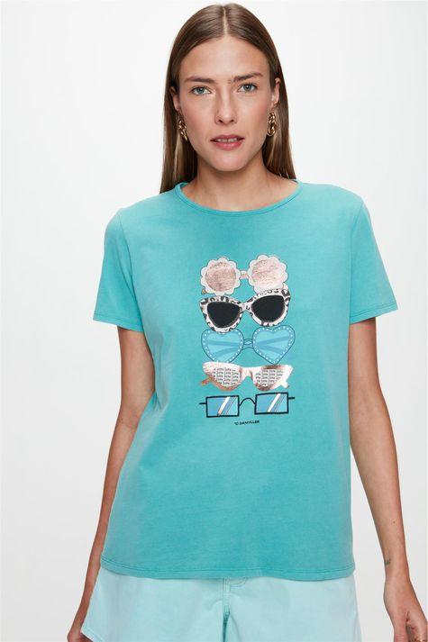 Camiseta-com-Estampa-de-Oculos-Feminina-Frente--